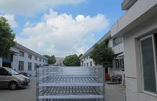 通用汽车上海工厂流利台架